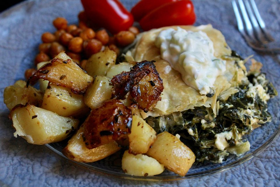 Lemony Greek Potatoes with Oregano