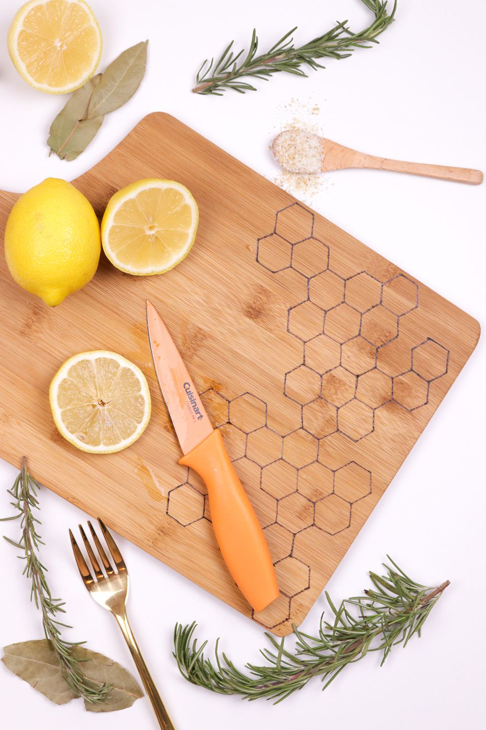 DIY Honeycomb Burnt Cutting Board