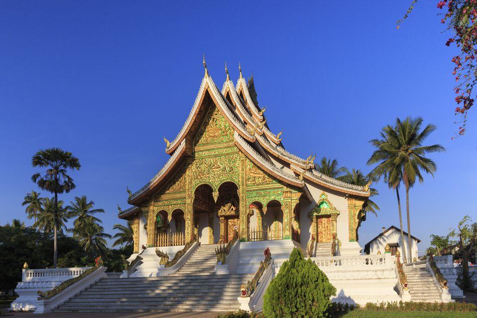 Laos, Luang Prabang, Facade of Wat Mai Temple