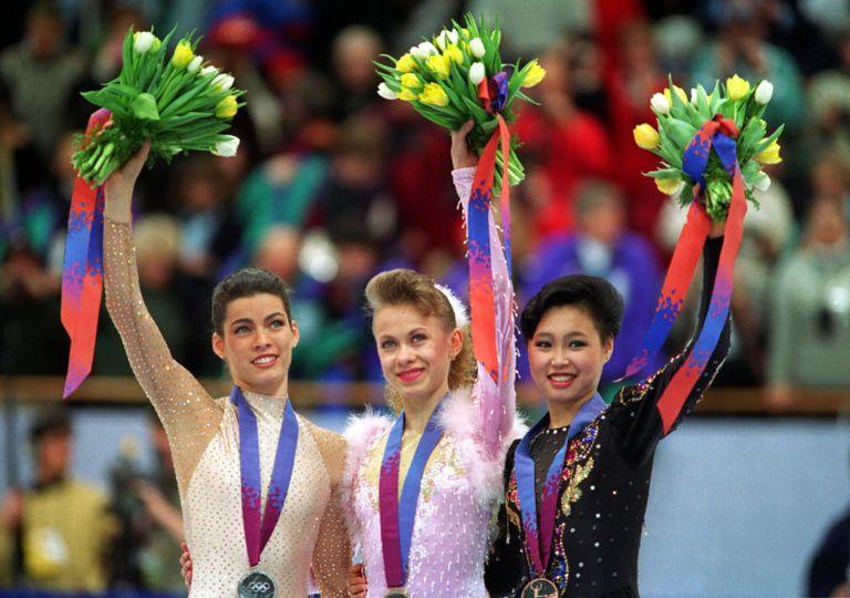 Nancy Kerrigan - Oksana Baiul - Lu Chen - 1994 Lillehammer Winter Olympics medal ceremony