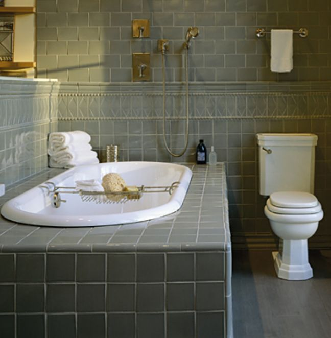 Use these bathroom decorating ideas for your home for Old tile bathroom ideas