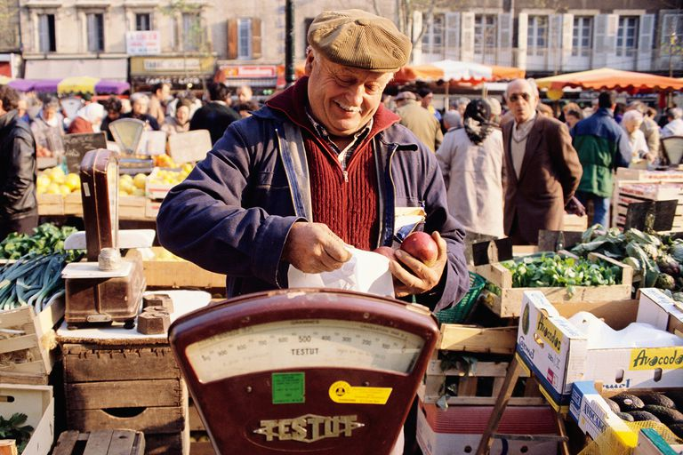 French produce vendor