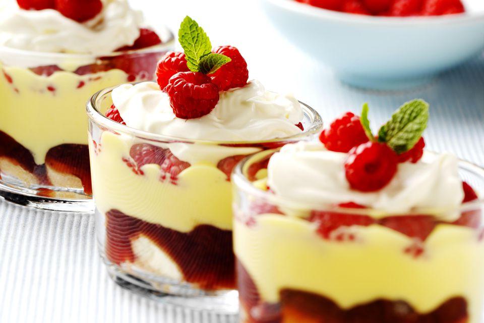 Mini raspberry trifles