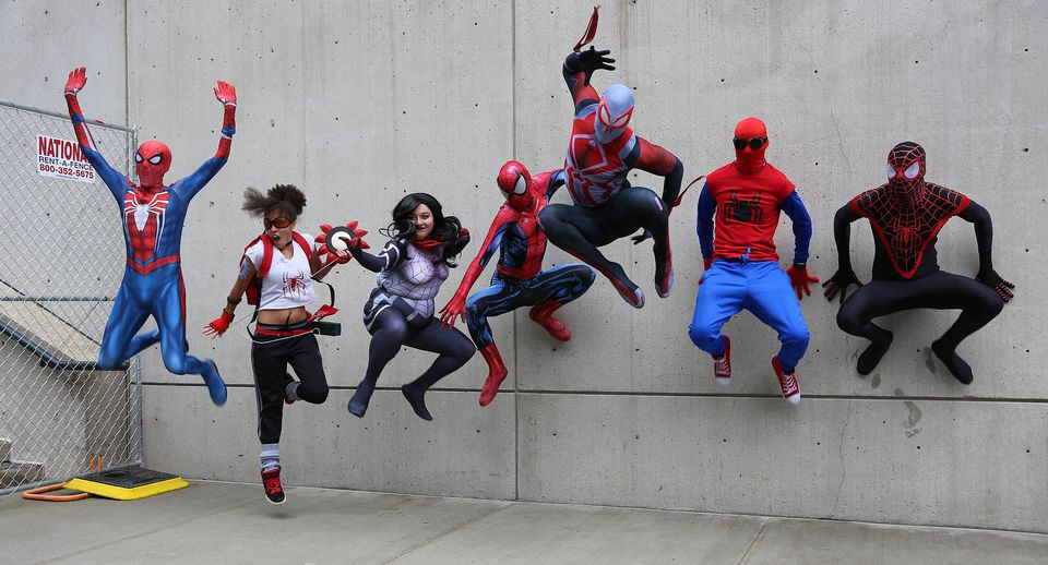 nyc comic con participants dressed up