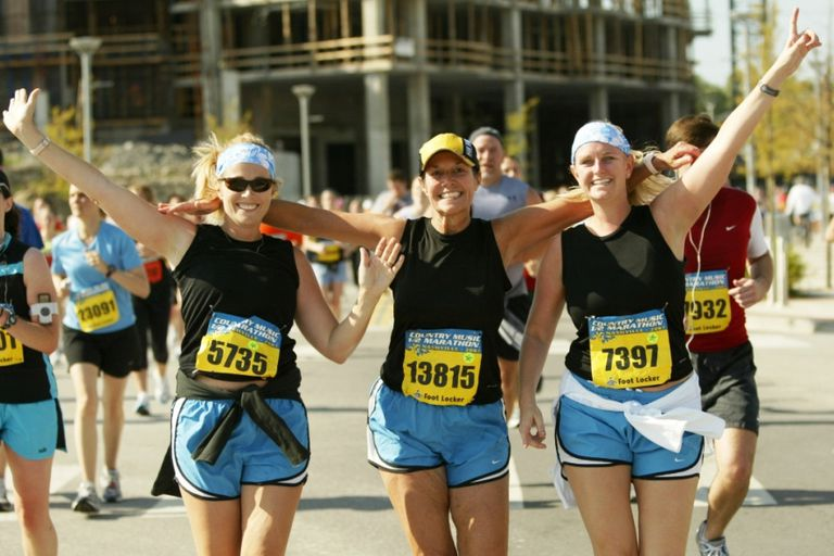 Country Music Half Marathon Racers