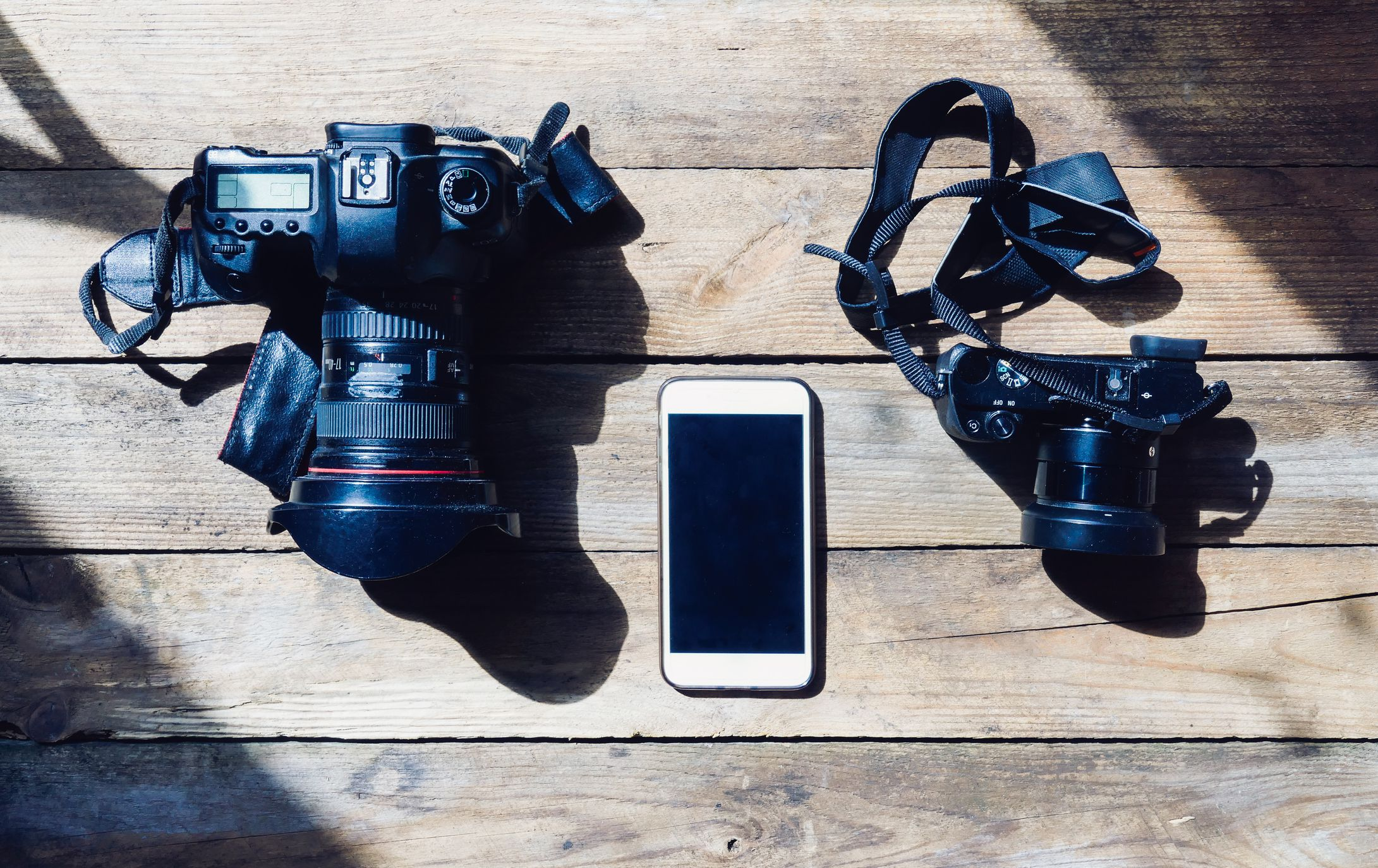 what is manual mode on a camera