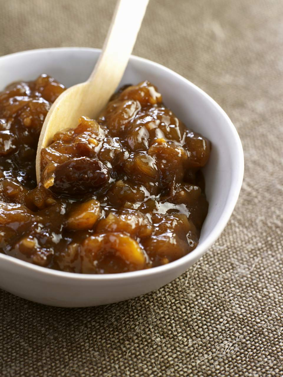Spicy lemon chutney
