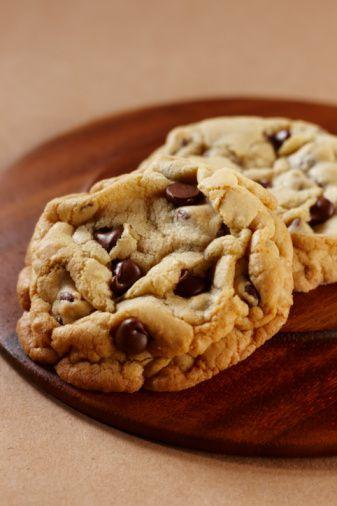 Vegan chocolate chip cookies - a homemade classic!