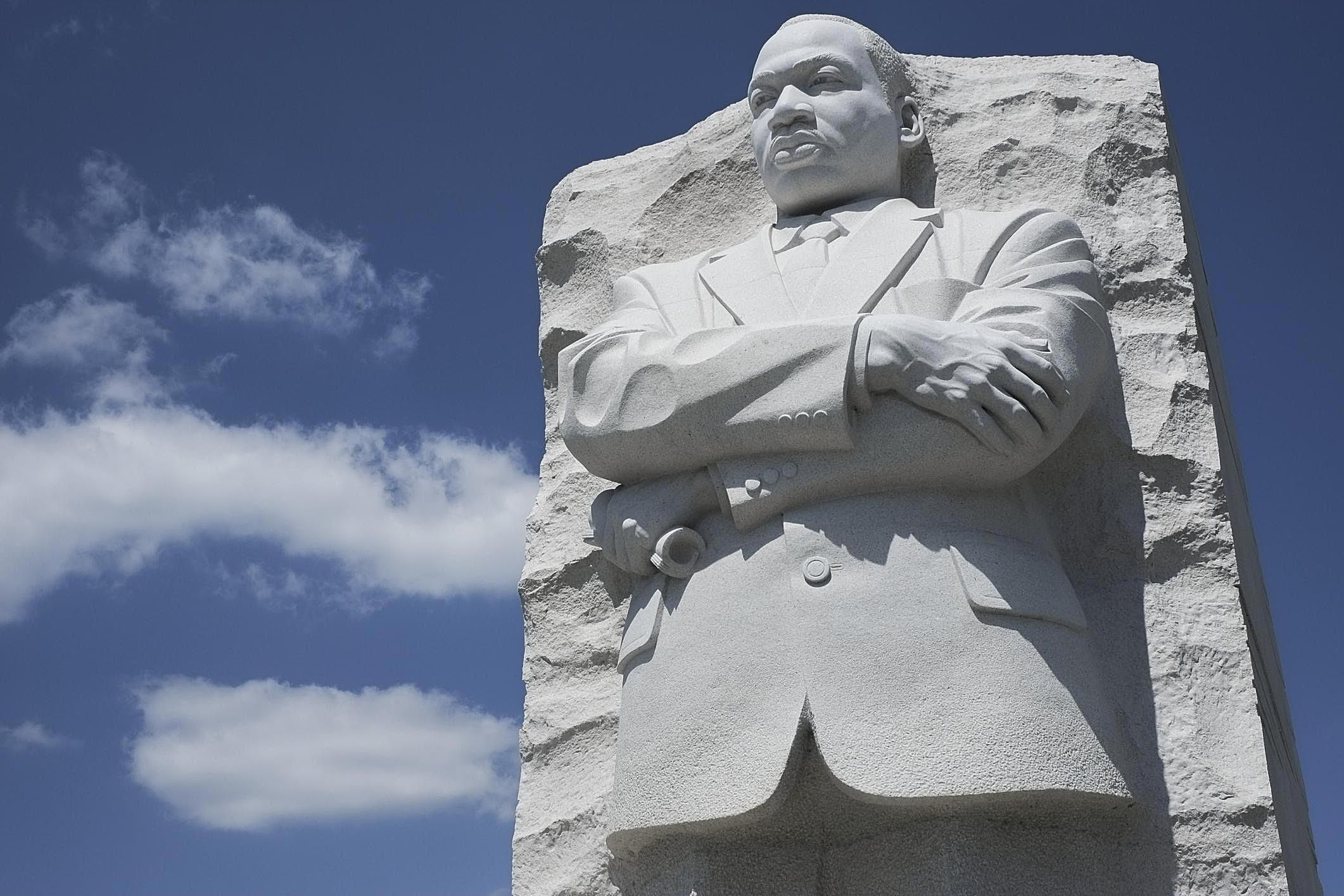 Malcolm x and martin luther king jr similarities mlk memorial pooptronica