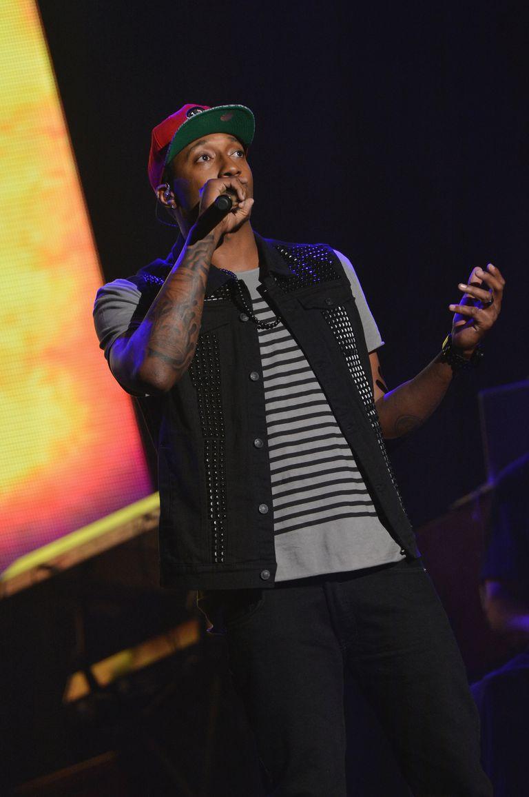Lecrae performs at Super Bowl Gospel 2013