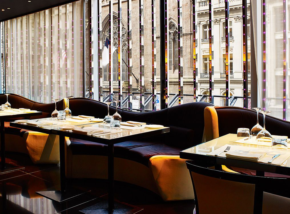 7 nyc stores with impressive restaurants for Armani store nyc