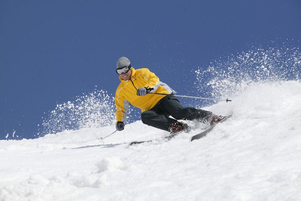 Man snow skiing