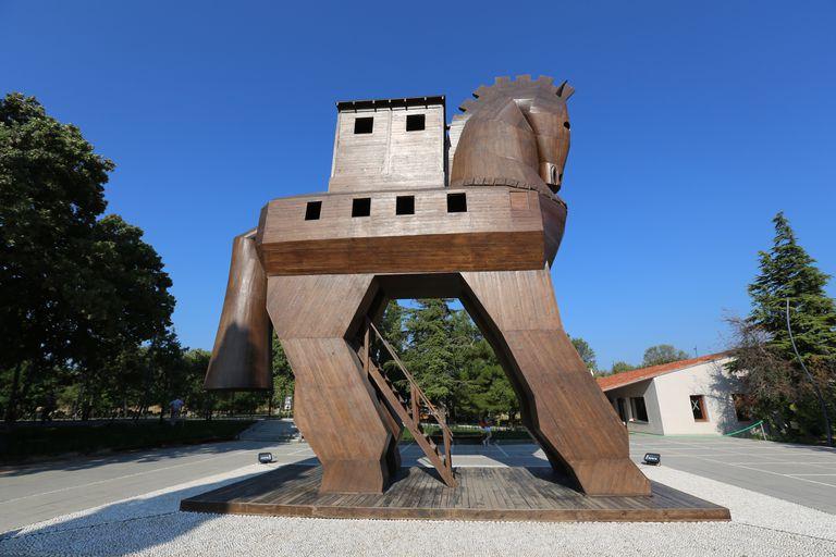 Trojan Horse Replica at Hisarlik, Secrets of the Dead Video The Real Trojan Horse