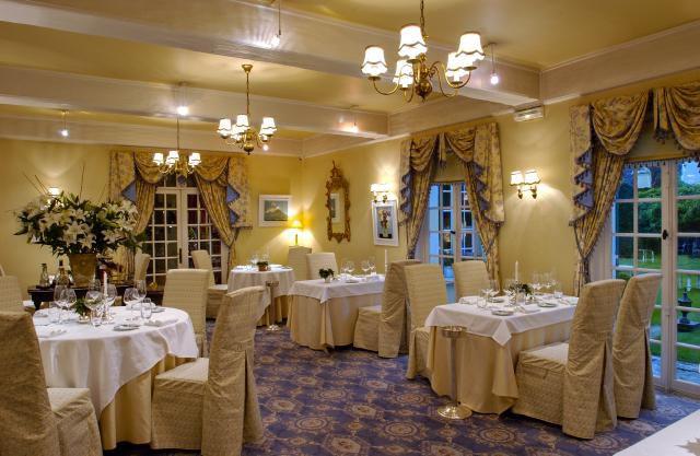 Chateau de Montreuil restaurant