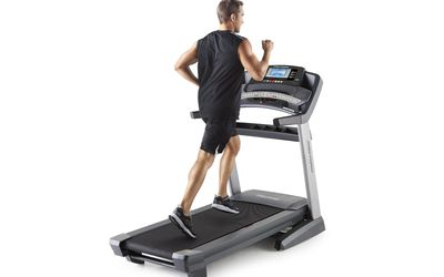 how to stop a treadmill