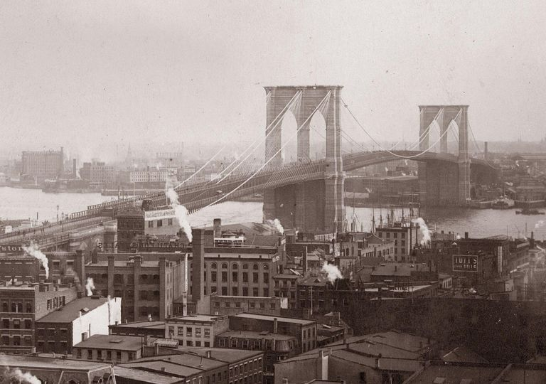 19th century photograph of the Brooklyn Bridge