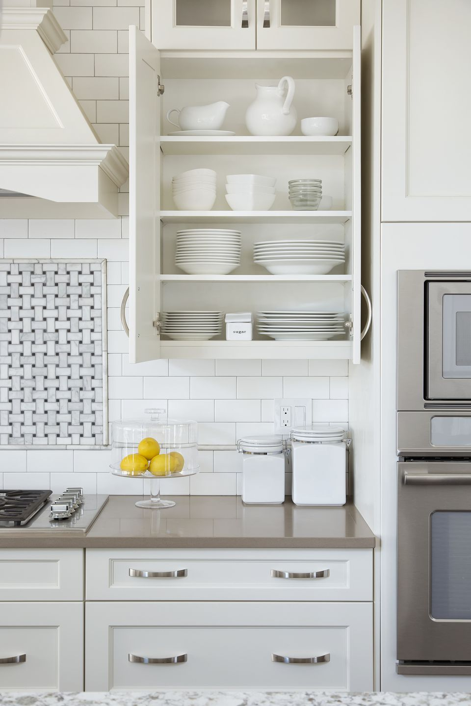Organize your kitchen cabinets for Kitchen cabinets vs drawers