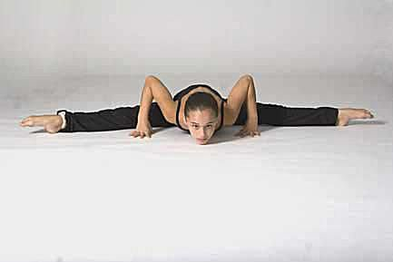 stretches to learn how to do the splits