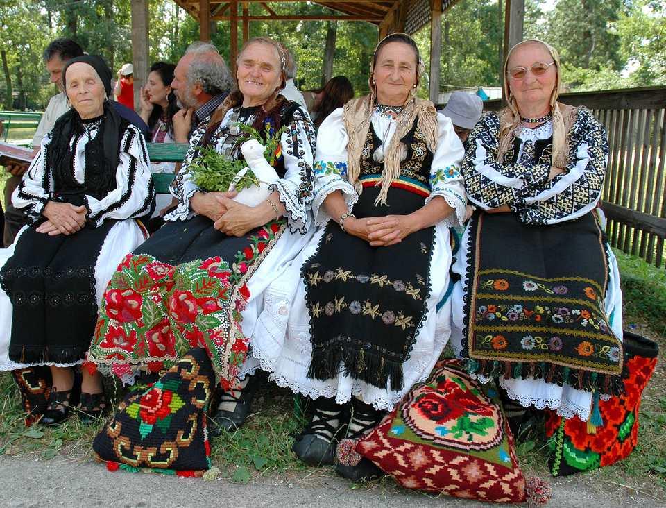 Folk women in Timisoara, Romania