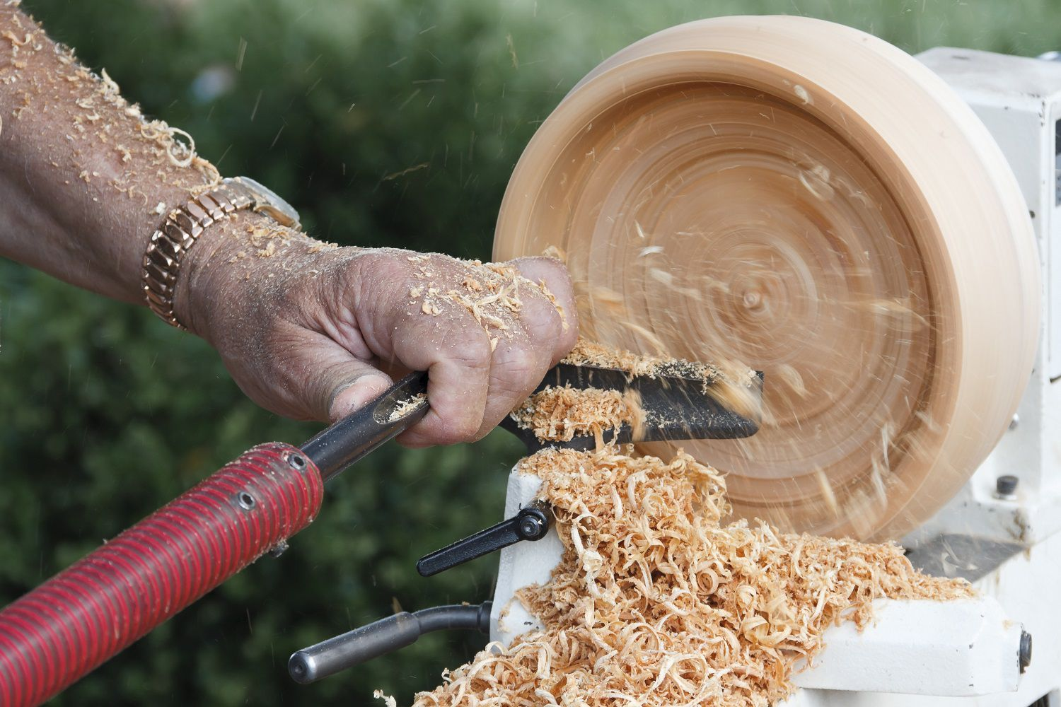 The Basics Of Wooden Bowl Turning On A Wood Lathe