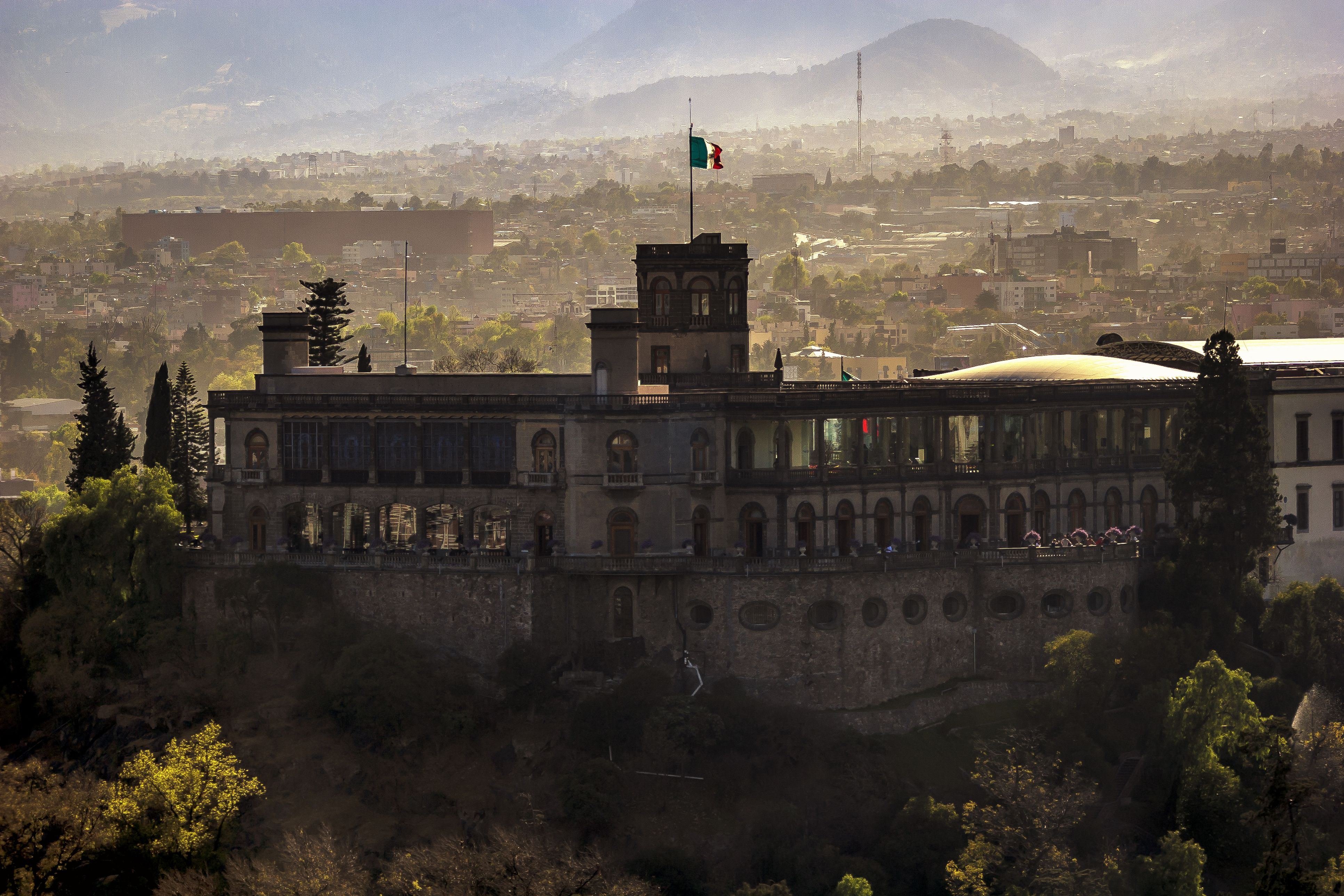 all about the chapultepec castle in mexico city