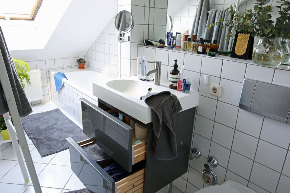 bathroom sink for renters - Bathroom Decorating Ideas For Renters