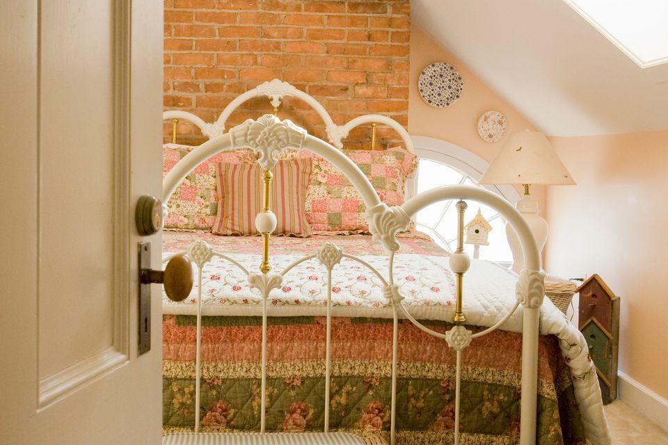 Feng Shui Bed Placement Door