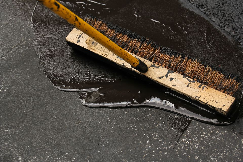 How to seal a driveway and fix cracks solutioingenieria Image collections
