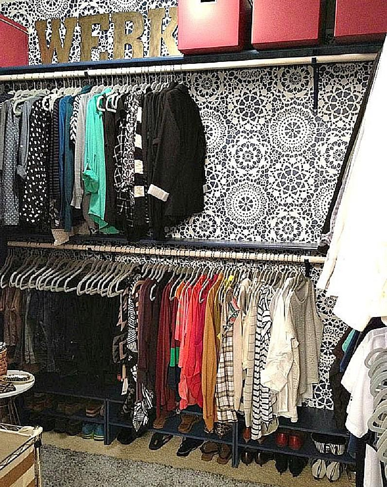 Easy ways to decorate your bedroom closet - How to decorate my bedroom ...