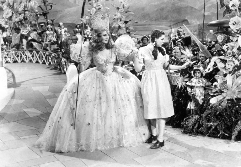 Glinda and Dorothy - Moviepix - GettyImages-1587649
