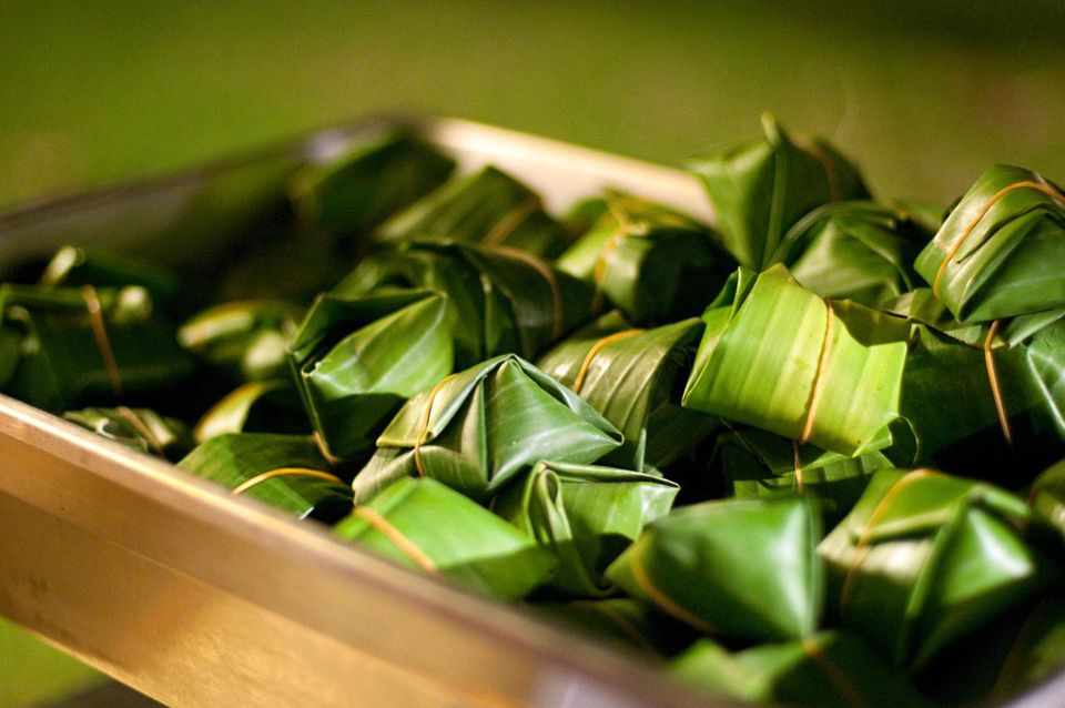 Sticky rice in pandan leaves