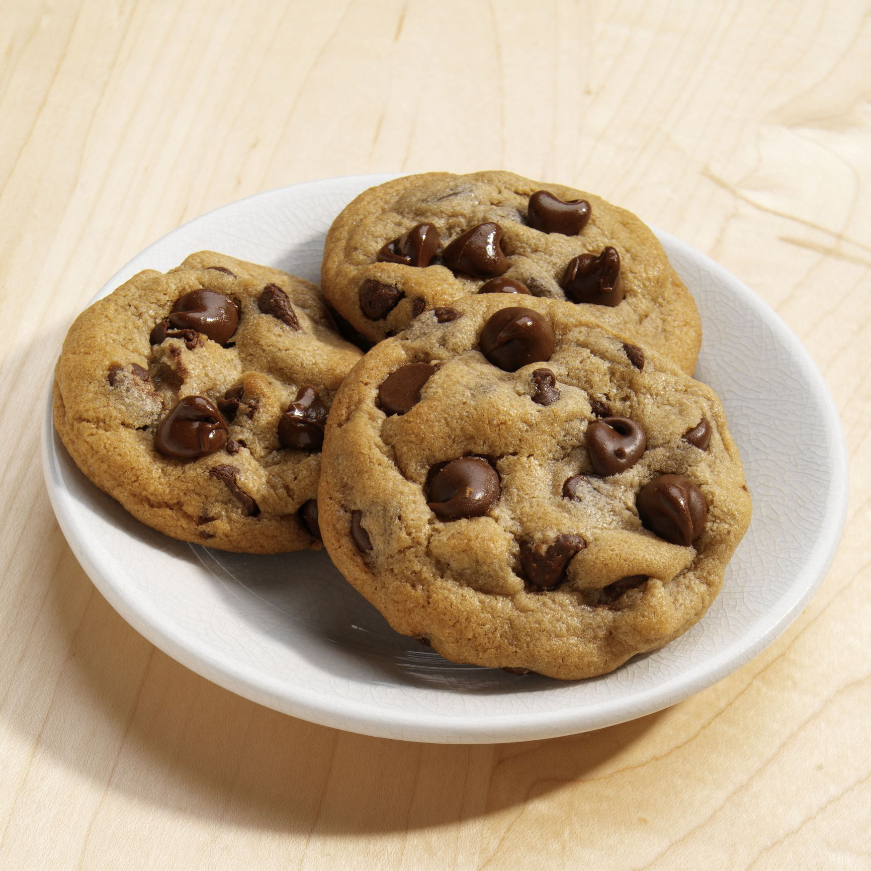 A Recipe for Jumbo Chocolate Chip Cookies