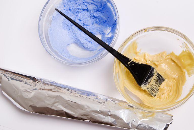 A hair bleaching kit.