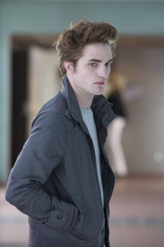 Robert Pattinson as Edward Cullen in 'Twilight.'.  Summit Entertainment