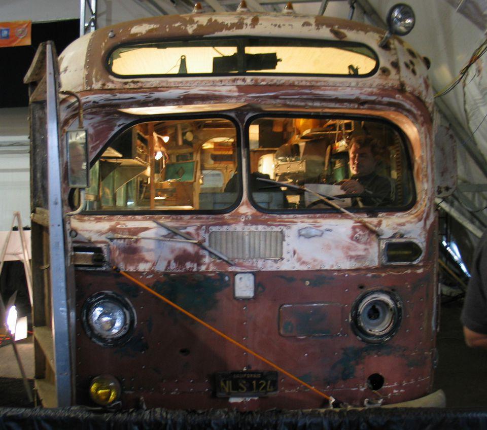 Von Dutch Bus