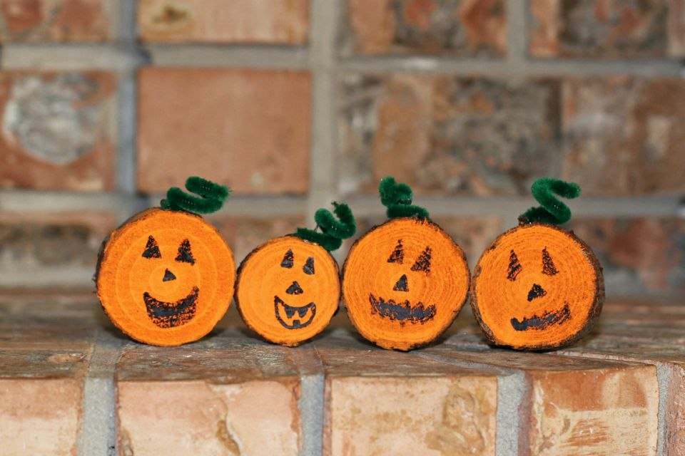 11 Super Simple Pumpkin Crafts