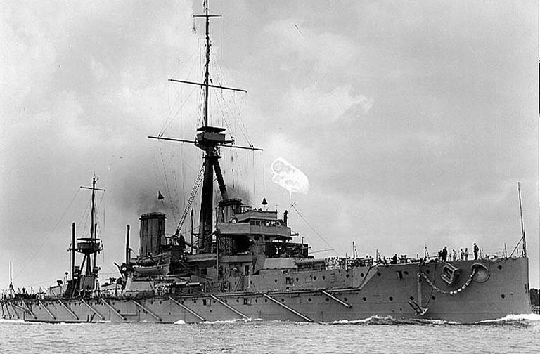 hms-dreadnought-large.jpg