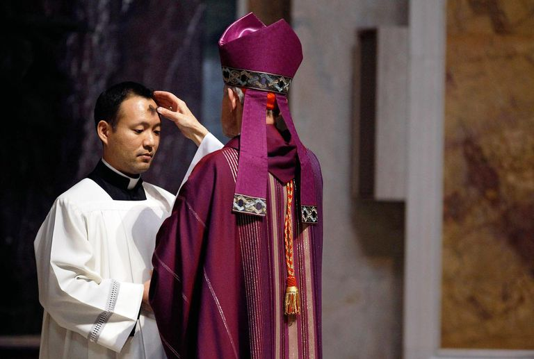 Catholics Mark The Start Of Lent With Ash Wednesday Mass