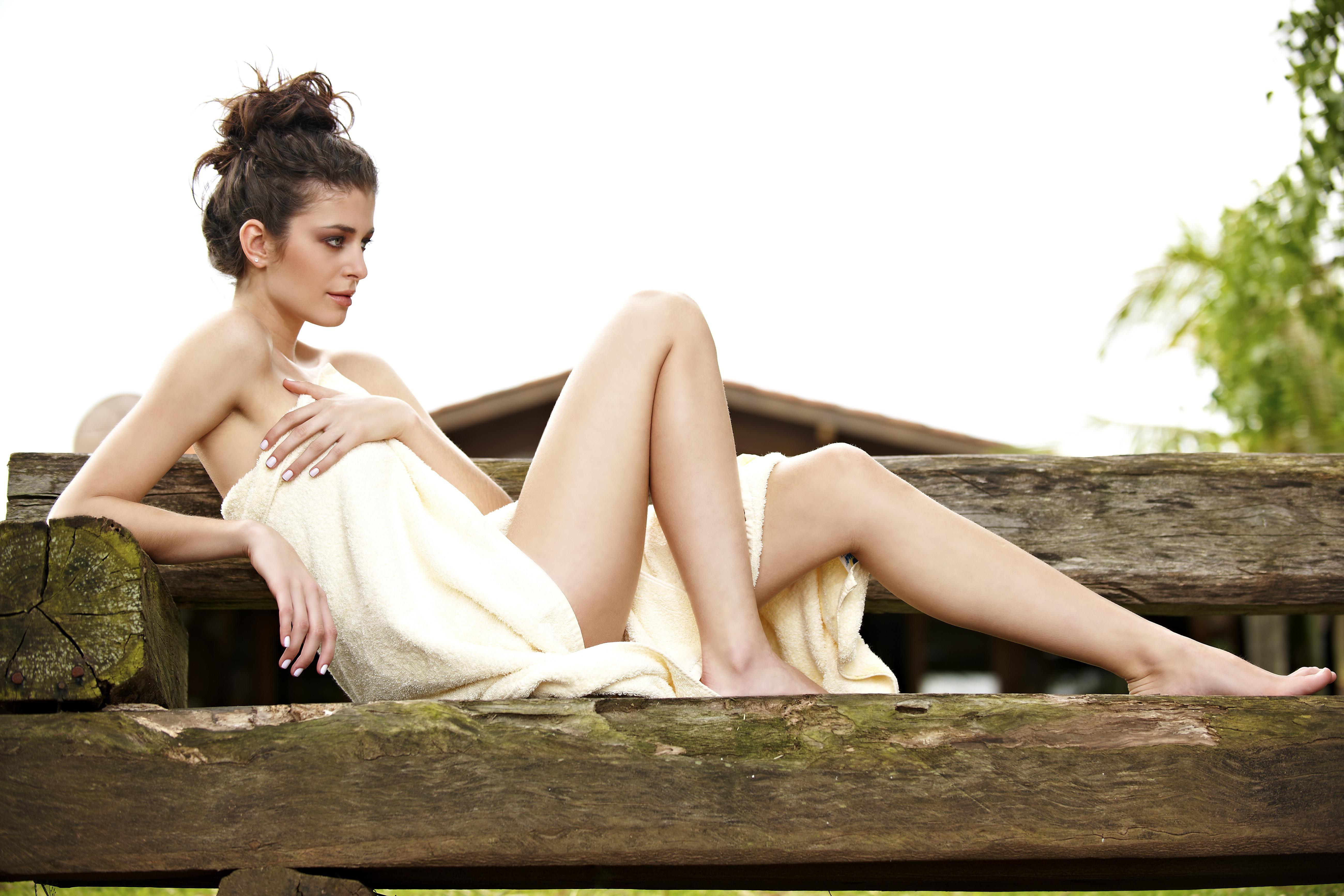 Hollywood bikini wax images