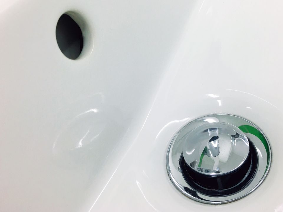 Bathtub drain stopper