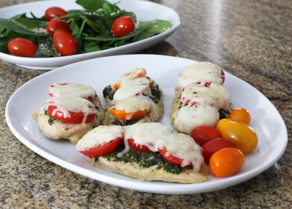 Baked Chicken With Pesto and Mozzarella Cheese