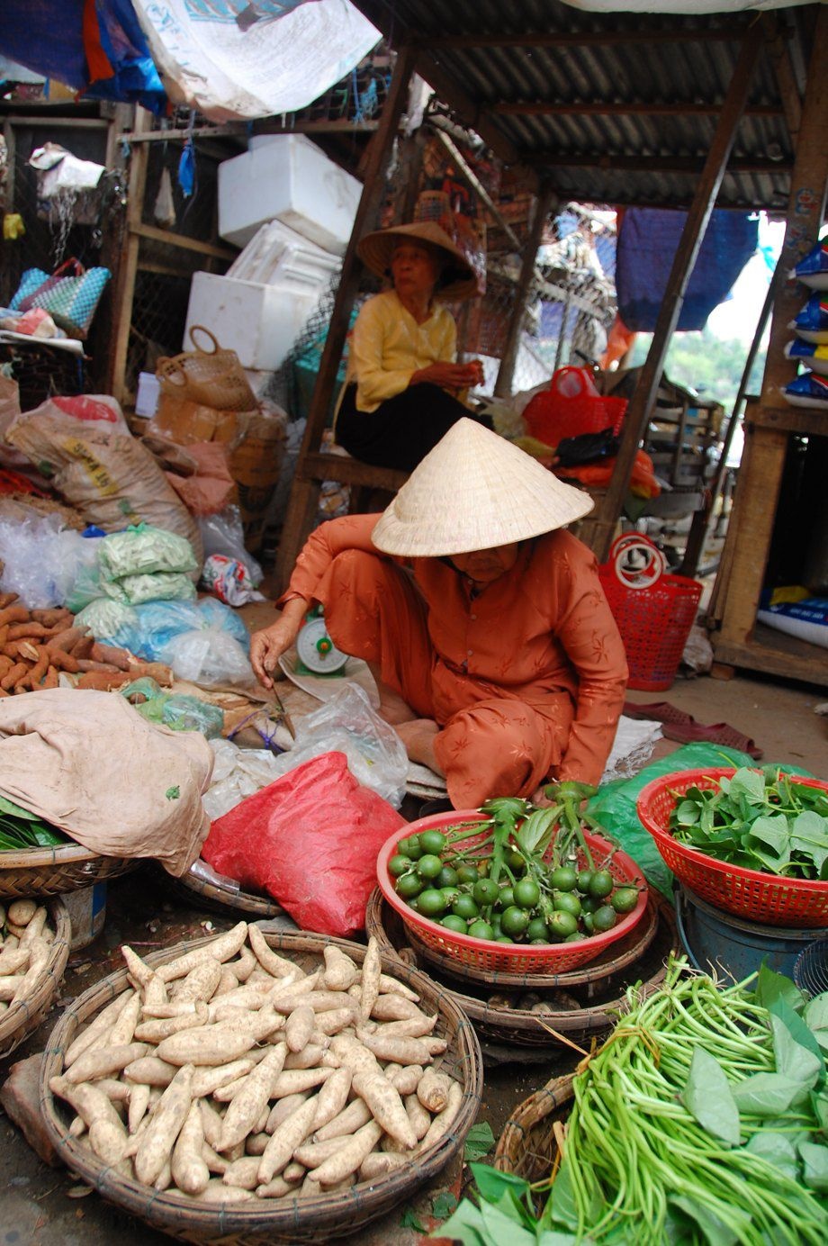 Using Money in Vietnam