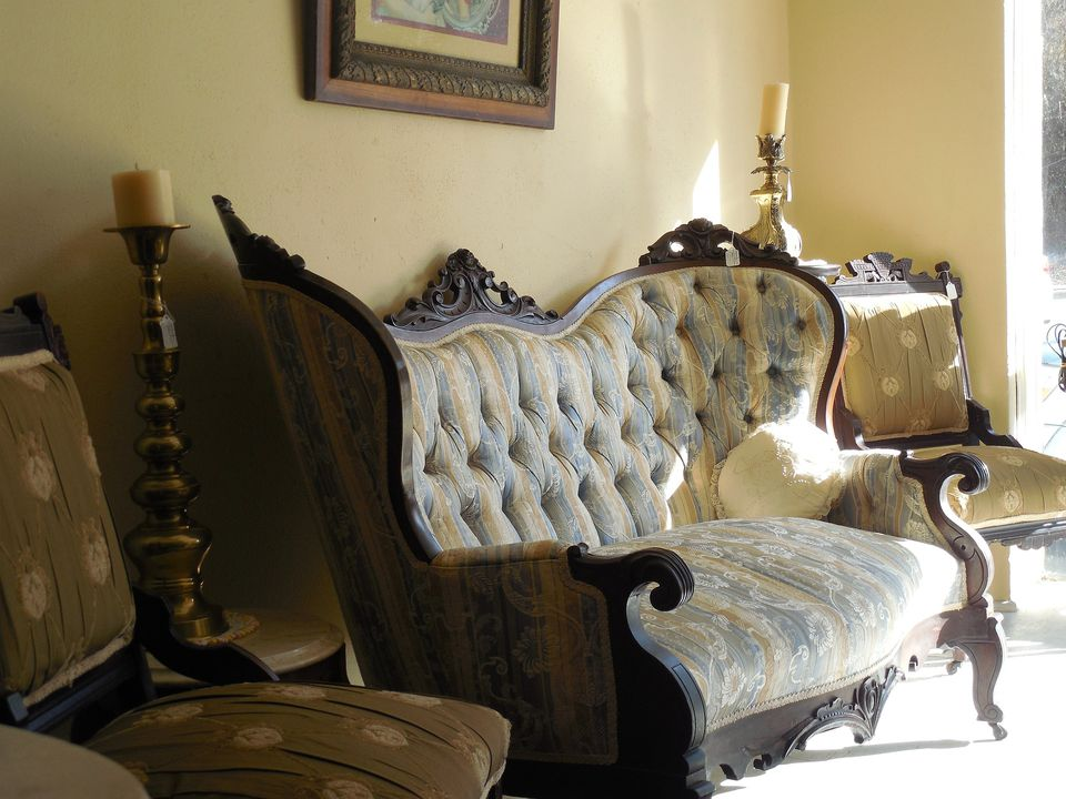 Identifying and Valuing Victorian Furniture - Victorian Furniture Identification And Value Guide