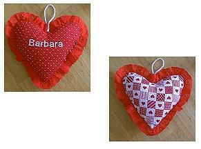 Free sewing pattern to sew a Valentine's Fabric Heart Pillow