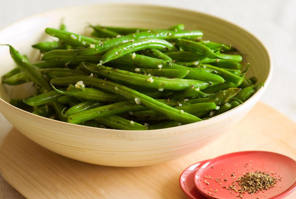 haricot verts green beans with a french flair. Black Bedroom Furniture Sets. Home Design Ideas