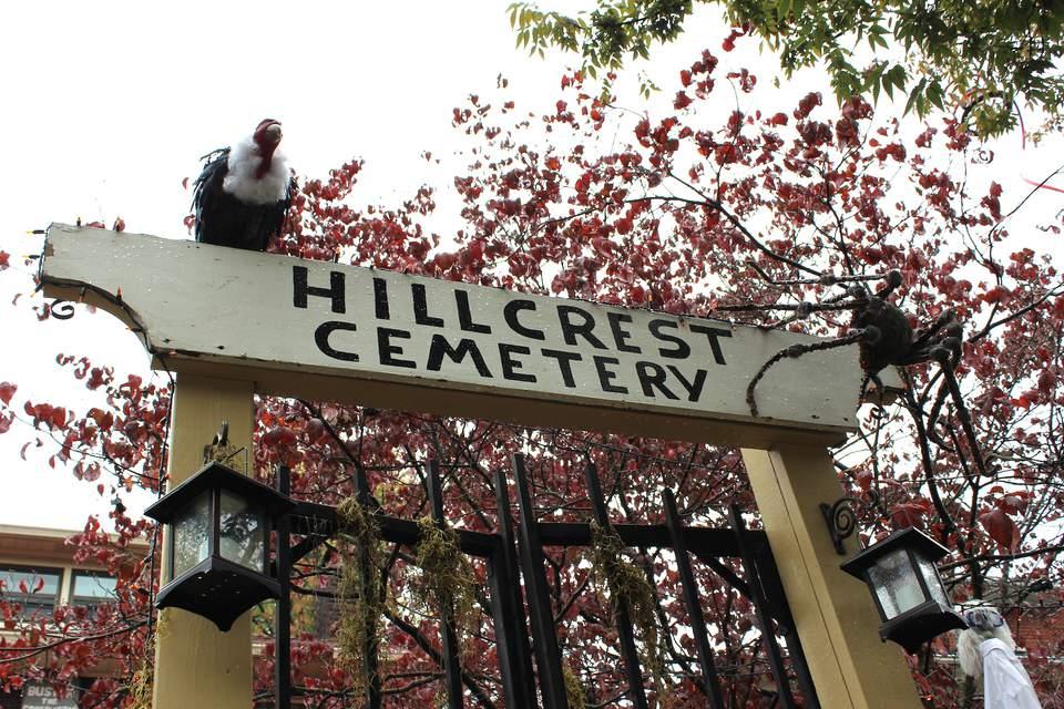 Hillcrest-Cemetery.jpg