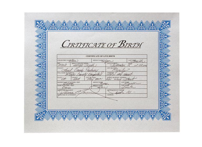 Fotografía de un certificado de nacimiento en Estados Unidos.