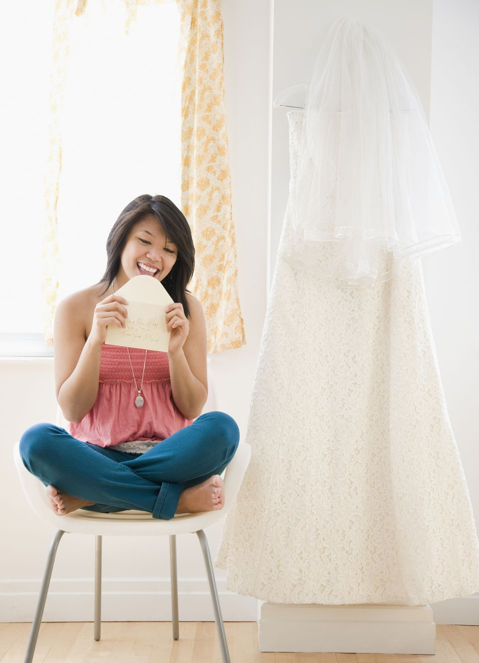 What should you write in your wedding thank you notes?
