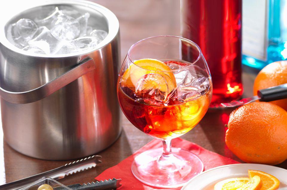The Negroni cocktail, a classic apéritif.