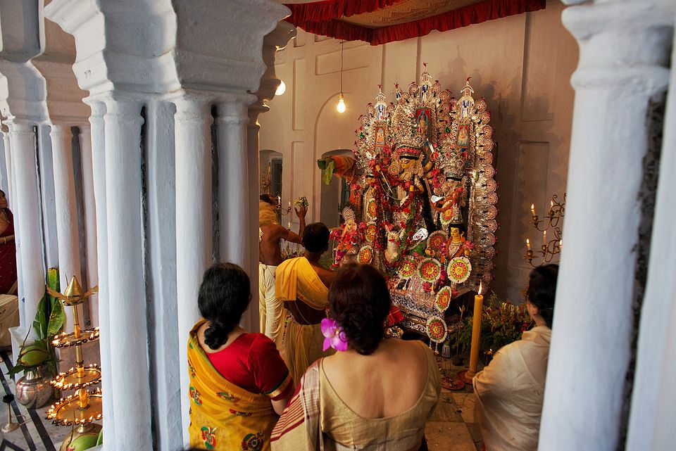 essay on durga puja in bengali The bengali durga puja typically combines all three the non-bengali durga puja tends to be essentially vedic wherein the melodies of vedic hymns are sung, but it too.